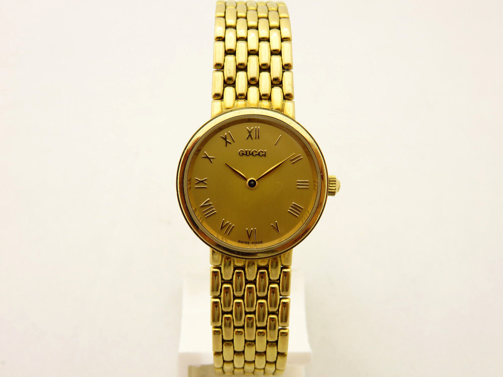 acheter et vendre authentique montre gucci femme or